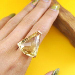 YELLOW SUMMER – Unique 29.40 cts Lemon Quartz 18K Rose Gold Plated Silver Ring